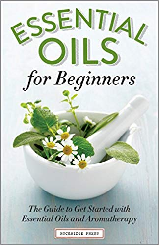 Essential Oil for Beginners Book   The Ultimate Guide to Essential Oil Accessories