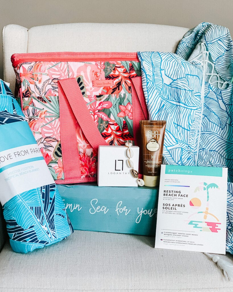 Summer Beachly Box Review & SPOILERS   Subscription box for women